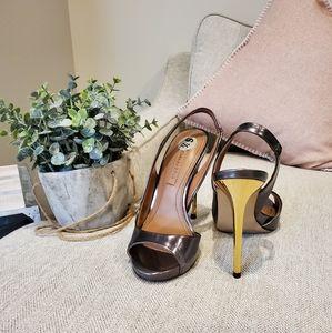 Brand new BCBGMAXAZRIA heels size 35.5